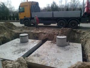 zbiorniki betonowe na szamba montaż