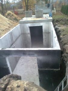 szamba betonowe brodnica podczas montażu