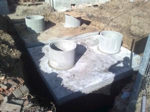 szamba betonowe oborniki podczas montażu
